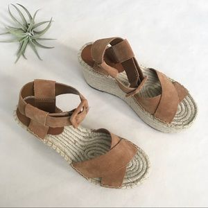 NWT Marc Fisher Randall brown espadrille wedge 6